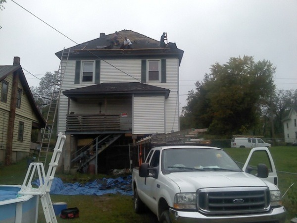 Roanoke roofing companies